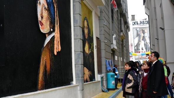 geri dönüşüm sokağında bulunan tablo