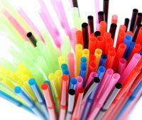 plastik pipetleri yasakladı